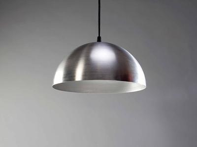 Металлический светильник